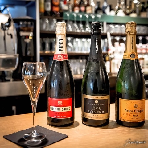 le donjon bar tapas vins restaurant toulouse capitole